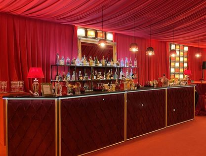 Banco Bar Moulin Rouge